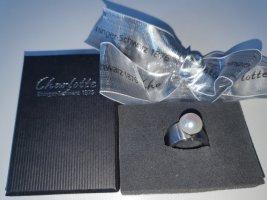 Charlotte Ring mit Kopf Süßwasserperle weiß und Werkzeug