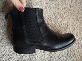 Shoe Biz Copenhagen Botines Chelsea negro