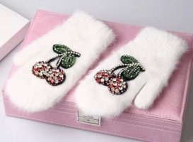 Pessina-Jewelry Fur Gloves white