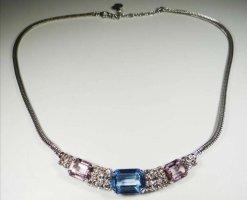 Christian Dior Collar azul claro-color plata