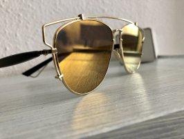 Christian Dior Occhiale da sole spigoloso oro