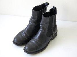 Clarks Chelsea Boot / Leder / schwarz