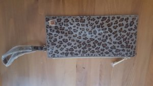 clutch von french connection im animallook