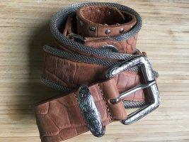 Cognacfarbener  Ledergürtel mit silbernen Details TW 95