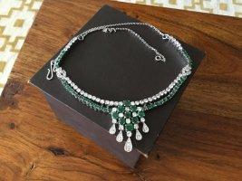 Collier verde bosco-argento