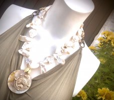 KCD Katecreativdesign Collier de perles blanc cassé-doré