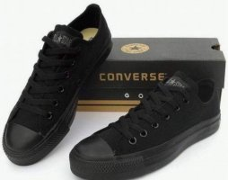 Convers schwarz gr. 40