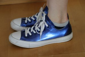 Converse All Star Chucks Größe 38 blau glänzend