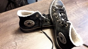 Converse Chucks Gr.38 schwarz  inkl.Fell