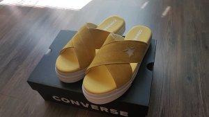 Converse Sandalias de playa amarillo