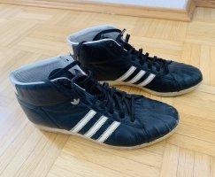 Adidas Chaussure skate noir-blanc