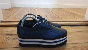Coole blaue Plateau Schuhe
