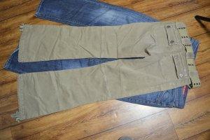 Coole GUESS Jeans strechig in beige Gr. 36 mit Gürtel