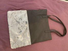 Coole Handtasche mit Pailletten