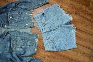 Coole Levis Shorts blau Gr. 38