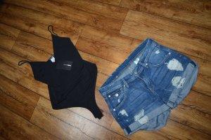 Coole neue H&M Hot Pant Jeans Gr. 38 cuts und Flicken