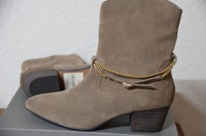 coole Stiefelletten in Taupe