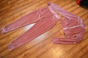 Cooler moderner Samt-Anzug Gr. 40 pink