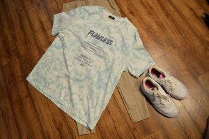 Cooles Batik T-Shirt Gr. 42 Bershka