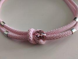 Collana rosa chiaro-rosa pallido