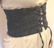 Corsagen Gürtel Jeans von ZARA
