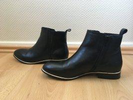 Cox Chelsea Boots