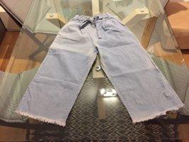 Pantalone culotte blu pallido