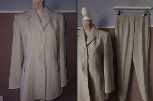 Bianca Tailleur-pantalon gris clair-beige clair
