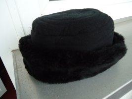 Futrzana czapka czarny