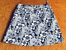 Damen Rock Sommer Glocken Gr.40 in Schwarz/Weiß von Vero Moda NW