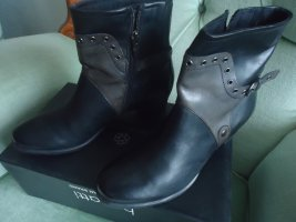 Caprice Winter Booties black-silver-colored