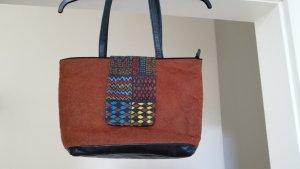 Damenhandtasche aus nachhaltiger Baumrinde