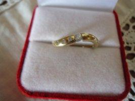 Damenring 333gold Zirkone