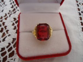 Statement Ring gold-colored-brick red