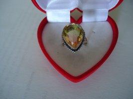 Anello d'argento giallo scuro