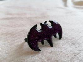 DC Comics Statement Ring black-lilac