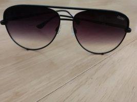 Quay Round Sunglasses black
