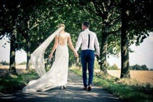 Designer-Brautkleid: Gr. S, ungekürzt, champagner, figurbetont