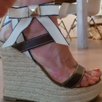 Designer Keilabsatz Sandale
