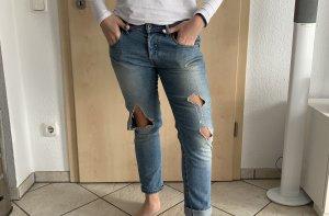 Diesel Jeans mit Löchern