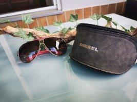 Diesel Sonnenbrille mit Etui, Schwarz & Pink