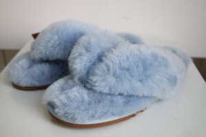 Dije California extrem stylisch Scuff Lammfell Flip Flops blau warm 39 40 neu