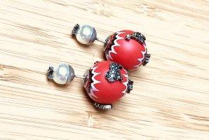 Dior Boucles d'oreilles en perles multicolore
