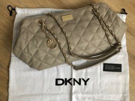 Dkny Handtasche in Chanel Optik
