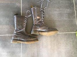Dr. Martens Desert Boots light brown