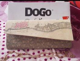 Dogo Clutch