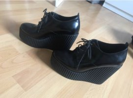 Dolce & Gabbana Tacones con cordones negro