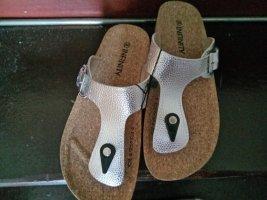 Sandały japonki z rzemykami srebrny