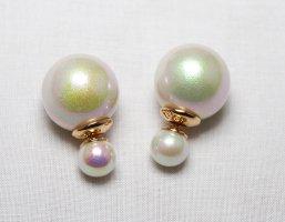 Kolczyk z perłą kremowy Tworzywo sztuczne