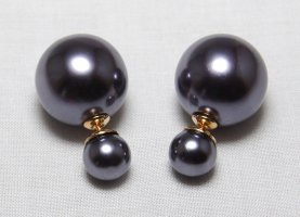 Pearl Earring anthracite synthetic material